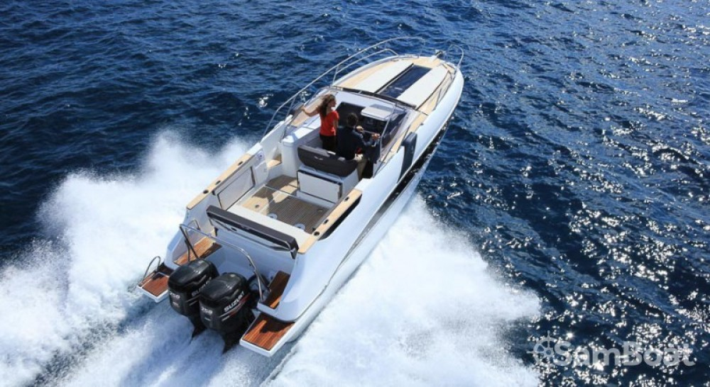 Motor boat for rent Port Charles Ornano at the best price