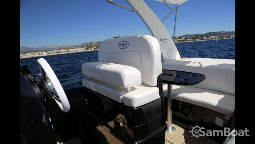 Boat rental Port Grimaud cheap W7i