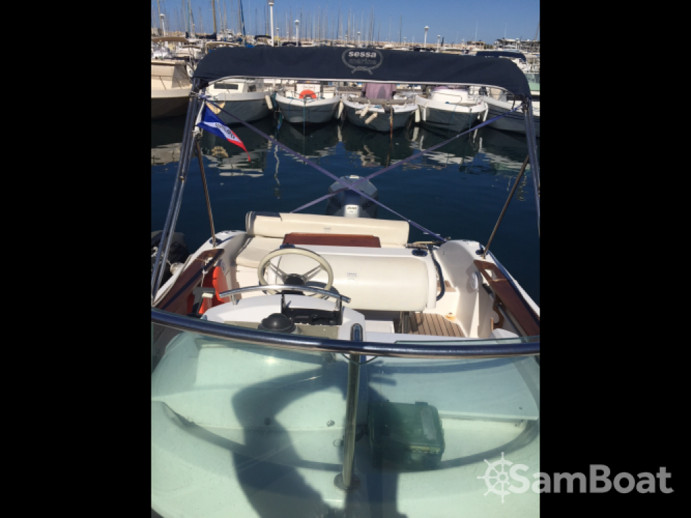 Rent a Sessa Marine Key Largo 22 Deck Marseille