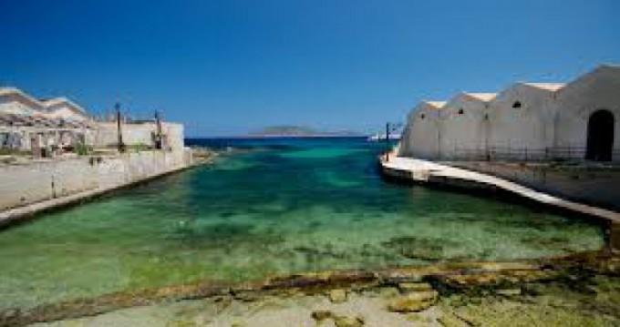 Boat rental Trapani cheap Oceanis 35.1