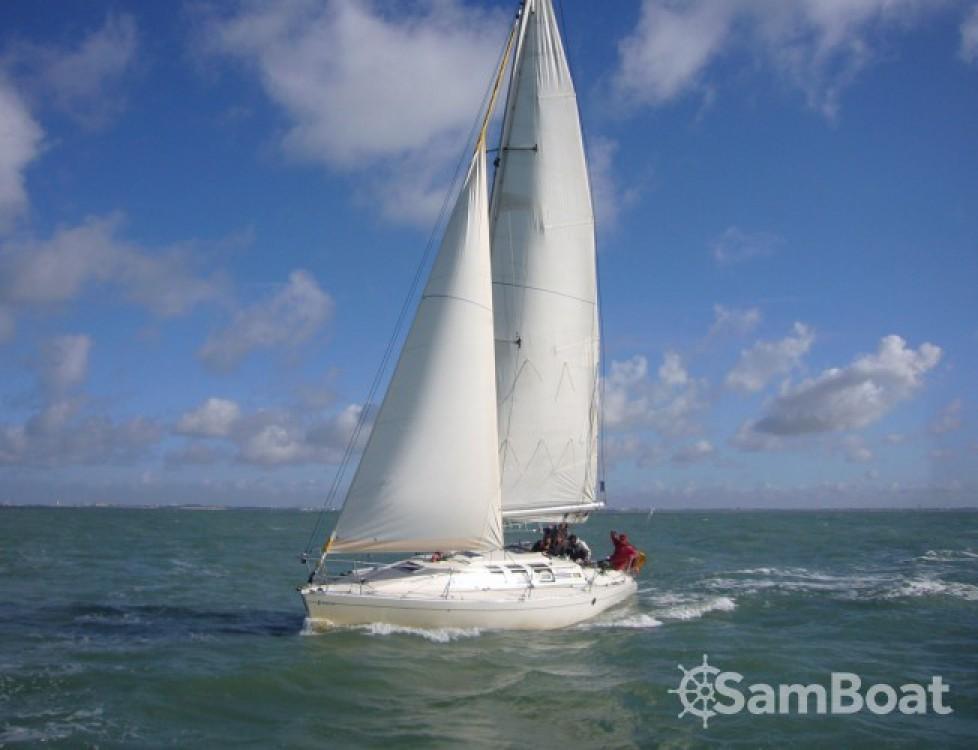 Boat rental Bénéteau First 35 S5 in La Rochelle on Samboat