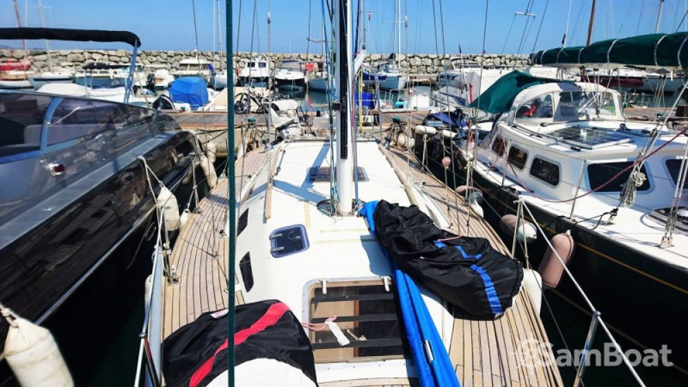 Hire Sailboat with or without skipper Comar Cogolin