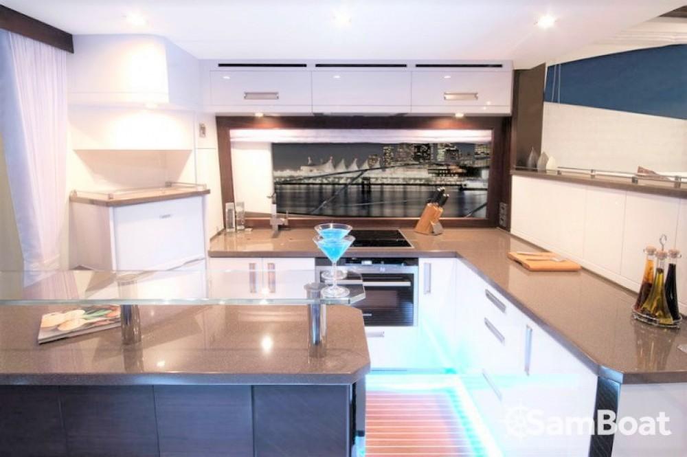 Rental yacht Vallauris - Galeon Galeon 550 Fly on SamBoat