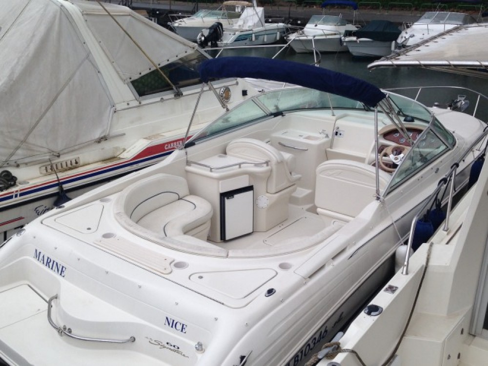 Rental yacht Mandelieu-la-Napoule - Sea Ray Sea Ray 260 on SamBoat