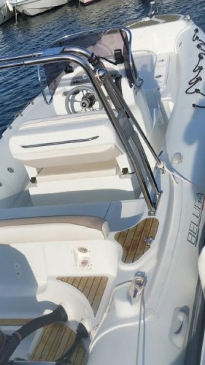 Boat rental Lomac BELUGA 21 in Cavalaire-sur-Mer on Samboat