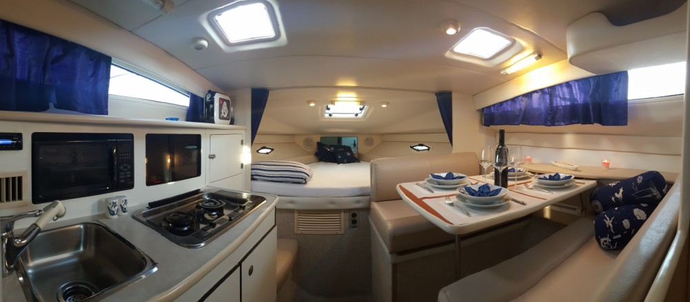 Rent a Bayliner Ciera 285 Split