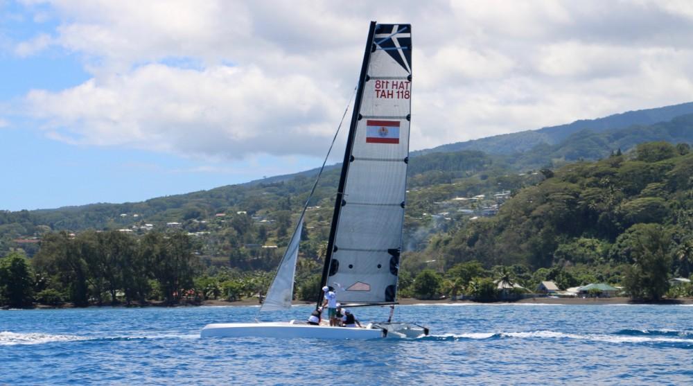 Boat rental Papeete cheap Diam 24