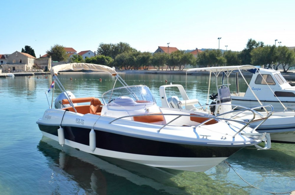 Motor boat for rent Betina at the best price