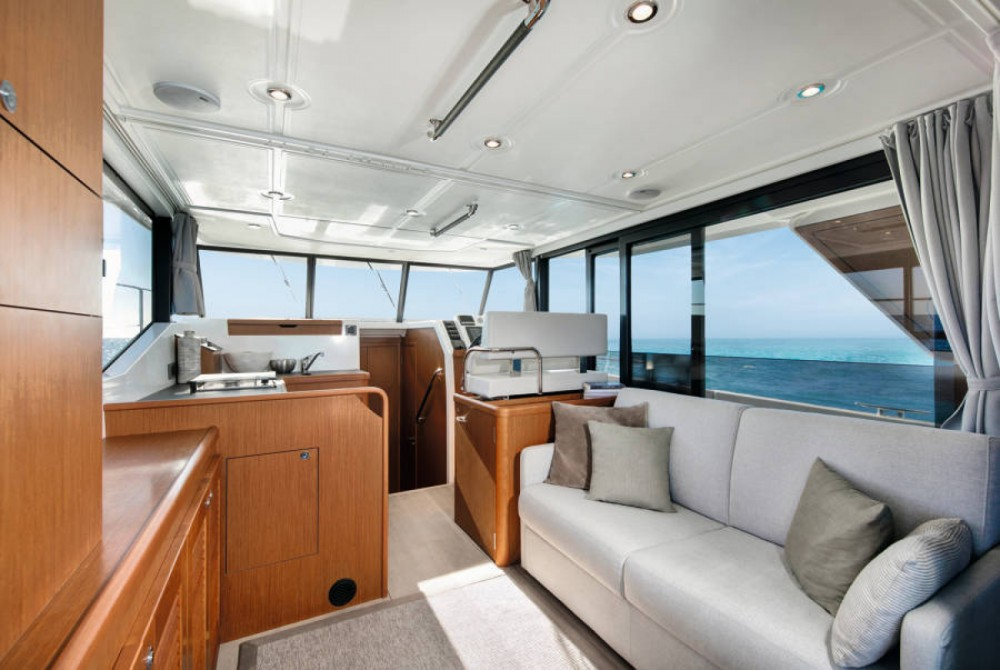 Motor boat for rent Ajaccio at the best price