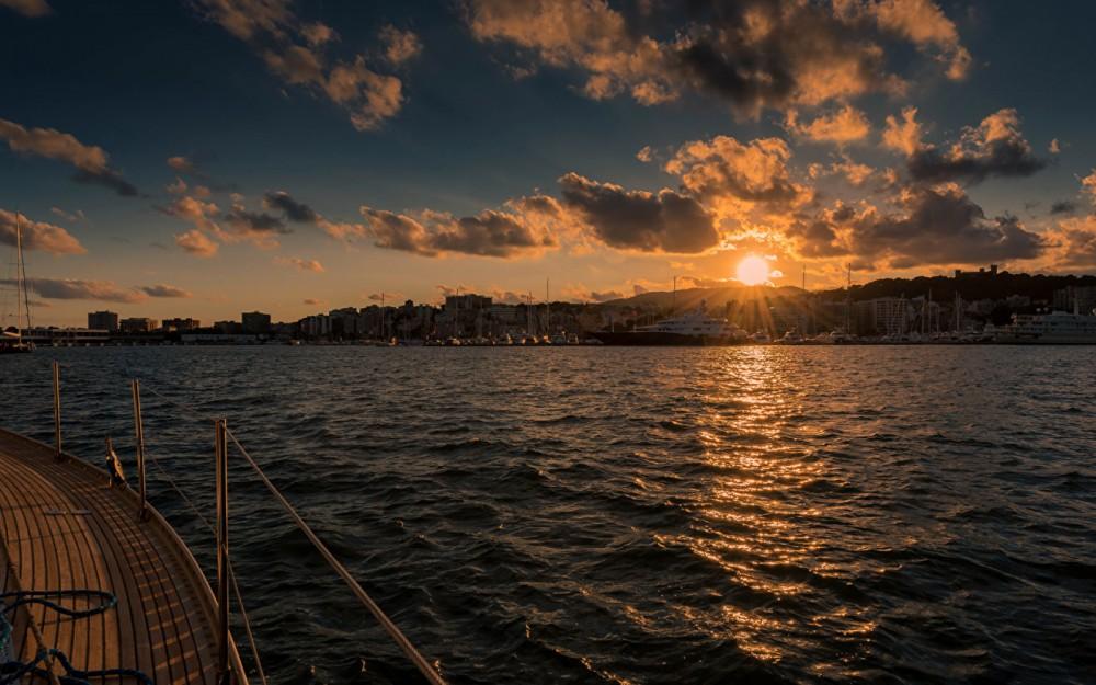 Rental Sailboat in Sant Antoni de Calonge - Bordogna-Pacifico Bordogna Pacifico 77