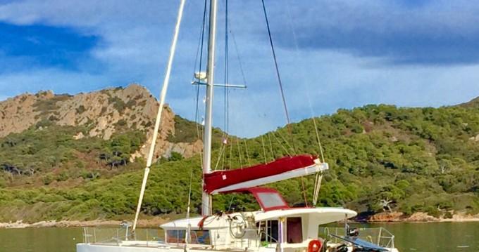 Rental Catamaran in Hyères - Lagoon Lagoon 400
