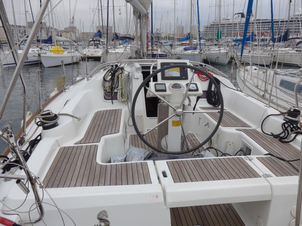 Boat rental Toulon cheap Oceanis 34 Elegance