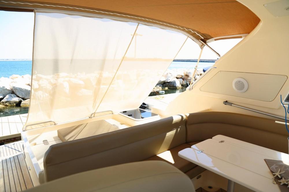 Rental yacht Trapani - Gianetti 48 on SamBoat