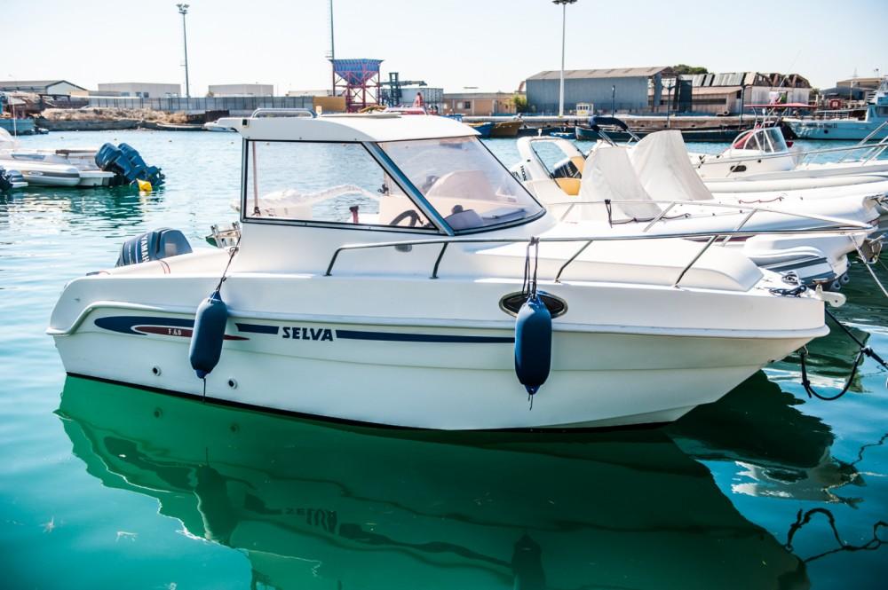 Rental yacht  - Saver Saver 650 Cabin on SamBoat