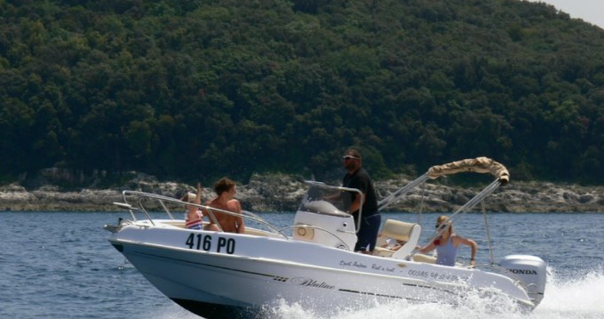 Motorboat for rent Vrsar-Orsera at the best price