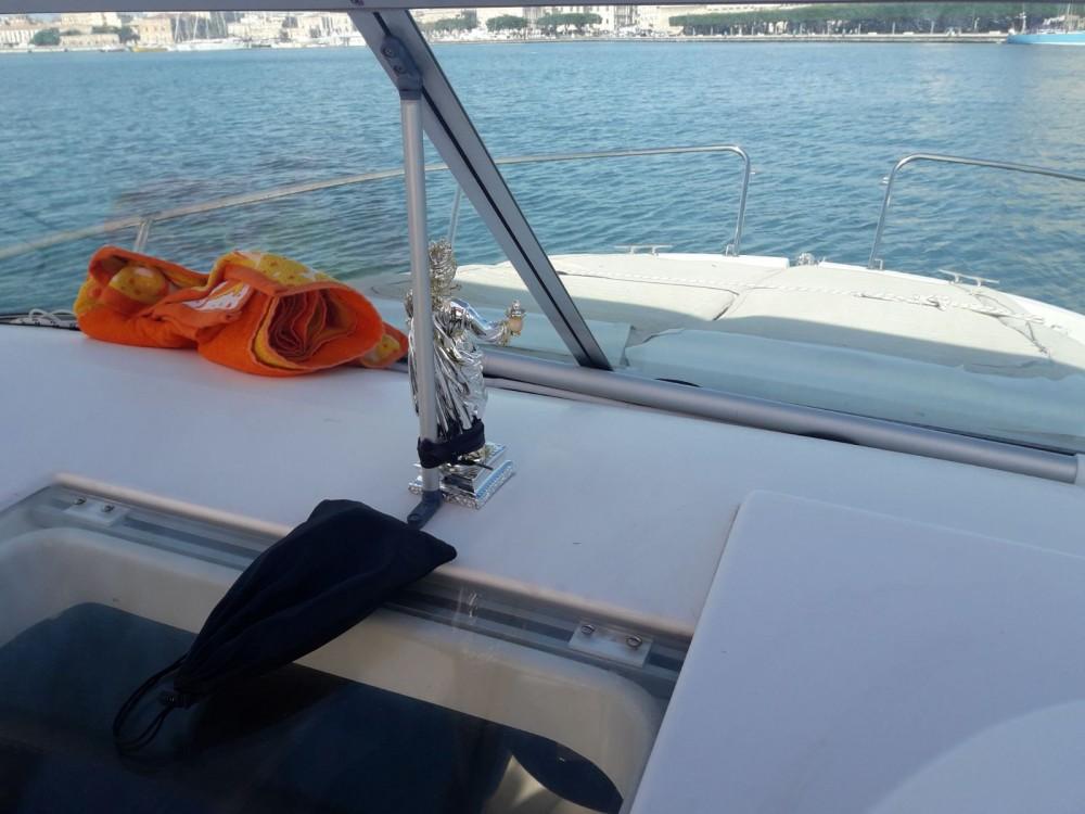 Rental yacht Syracuse - Jeanneau Leader 805 on SamBoat