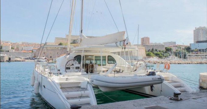 Boat rental Lagoon Lagoon 570 in Ajaccio on Samboat