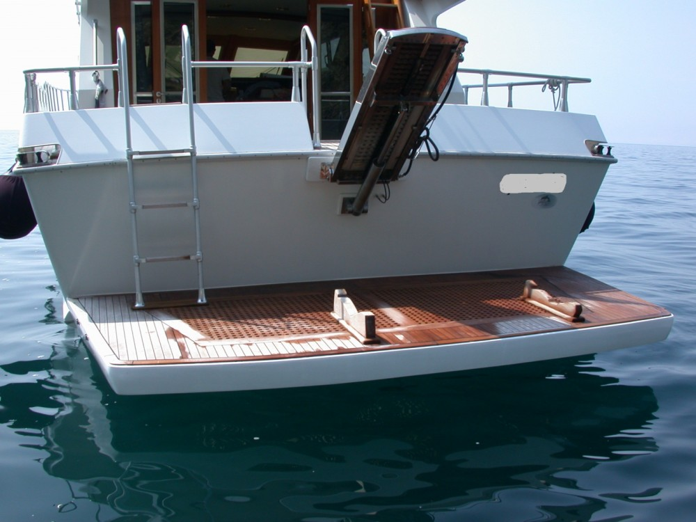 Rental Motor boat Camuffo with a permit
