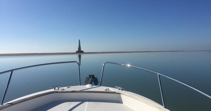 Rental yacht Royan - Jeanneau Cap Camarat 7.5 WA on SamBoat