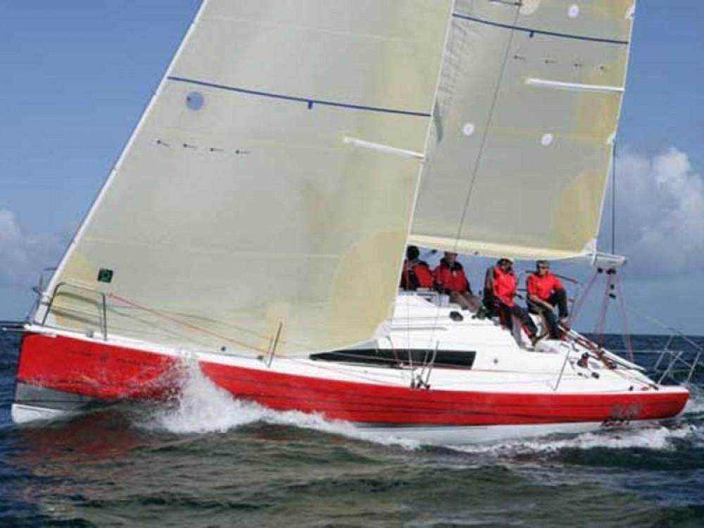 Boat rental Jeanneau Sun Fast 3200 in Zeebrugge on Samboat