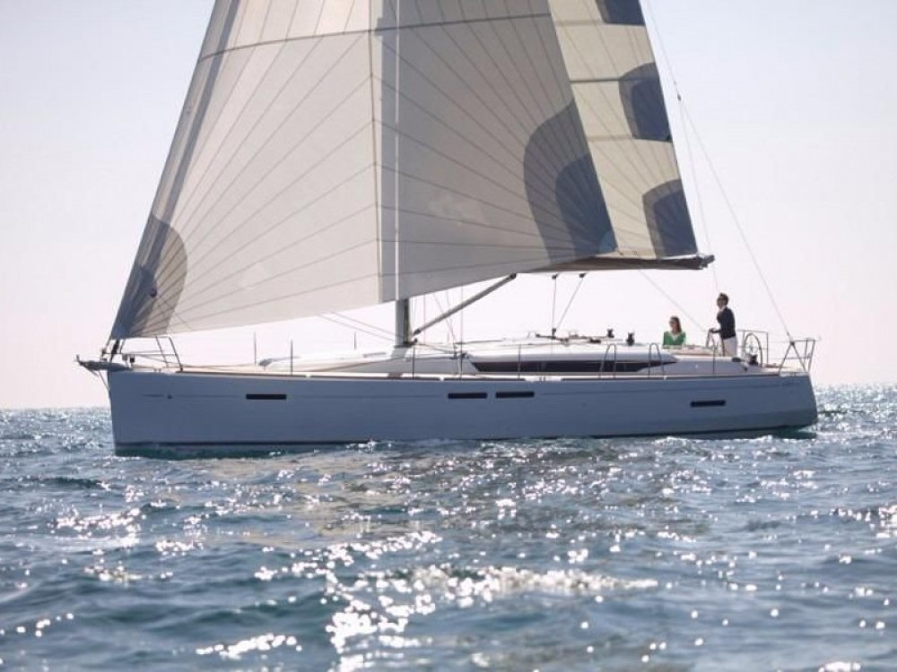 Boat rental  cheap Sun Odyssey 449