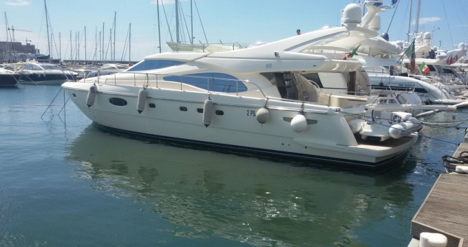 Hire Yacht with or without skipper Ferretti Pozzuoli