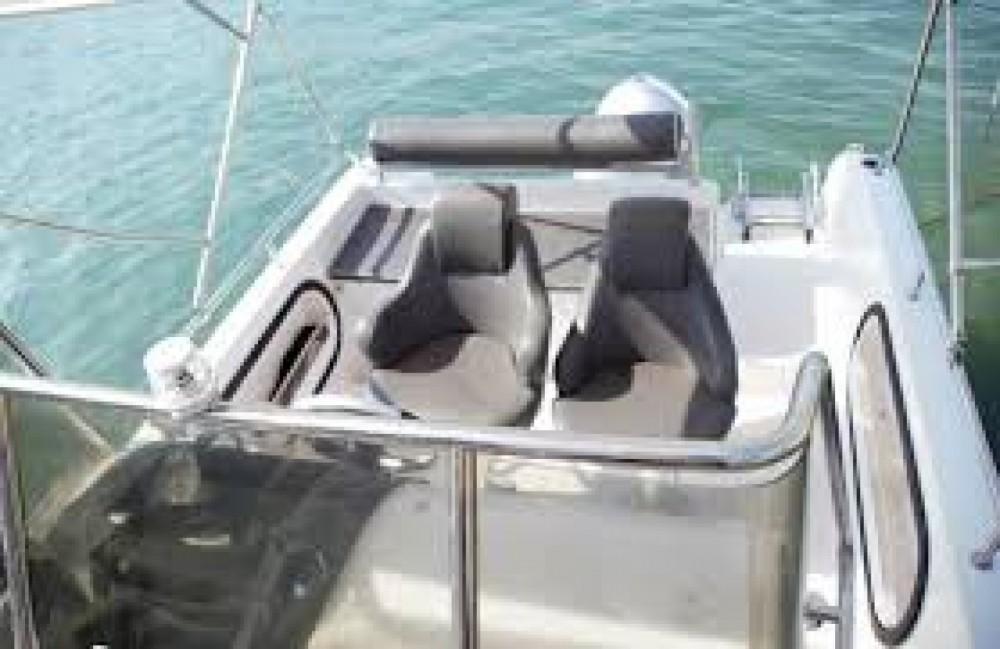 Motor boat for rent Okrug Gornji at the best price