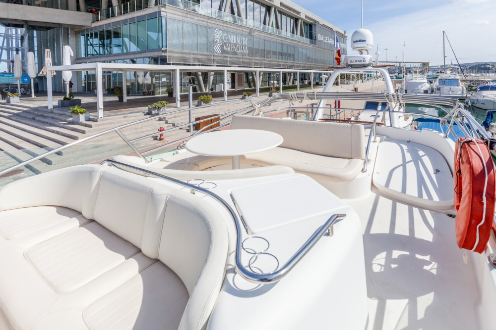 Hire Motor boat with or without skipper Jeanneau Dénia