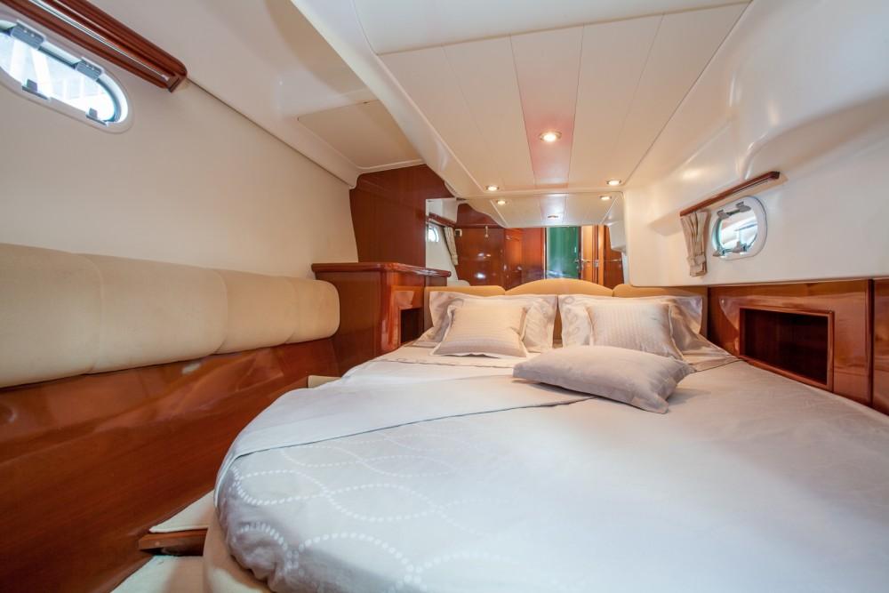 Rental yacht Dénia - Jeanneau Prestige 46 on SamBoat