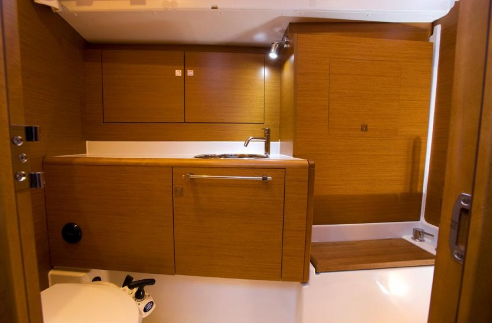 Sailboat for rent Marina d'Arechi at the best price