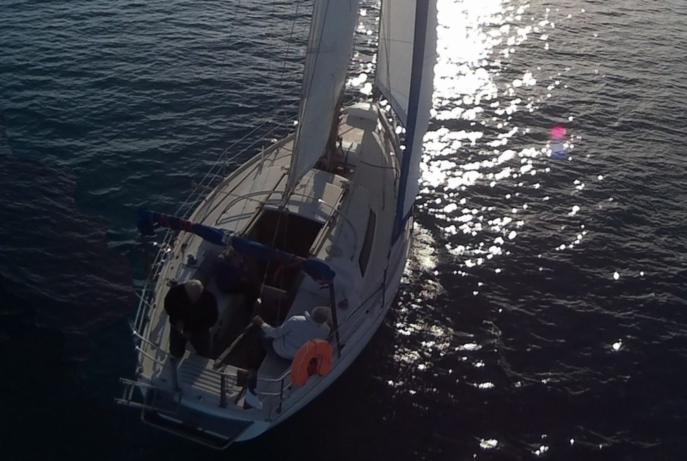 Sailboat for rent Grimaud at the best price