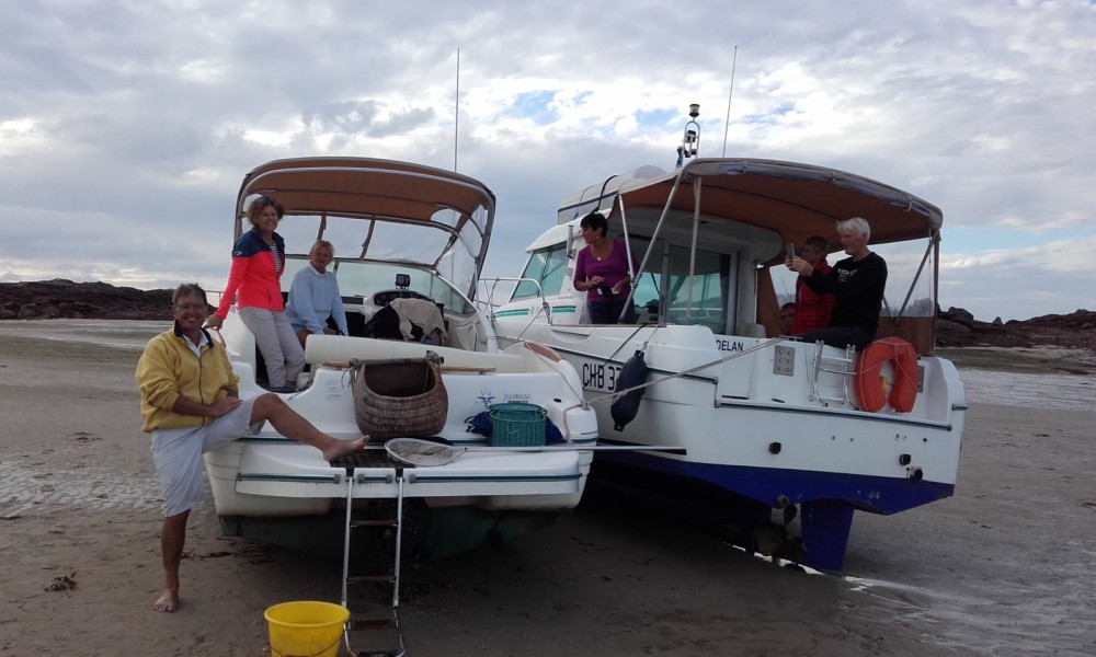 Boat rental Granville cheap Merry Fisher 695
