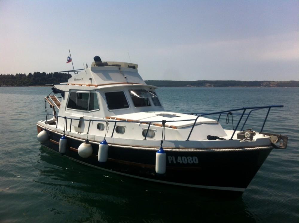 Hire Canal boat with or without skipper Retro Cruiser Boat Portorož / Portorose
