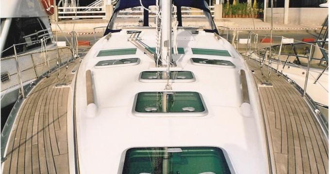 Rental Sailboat in Badalona - Bénéteau Oceanis