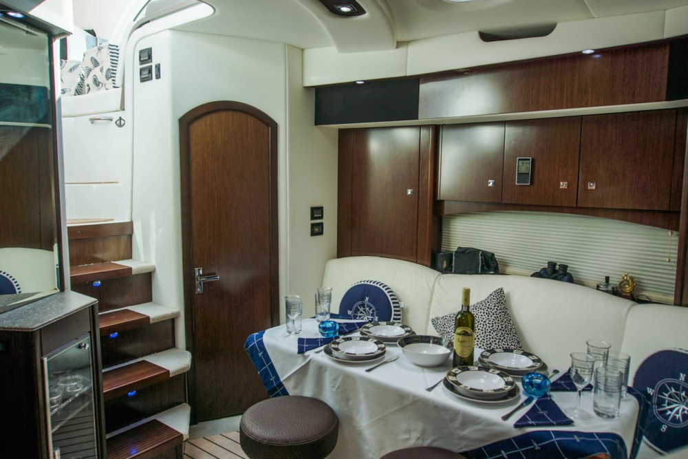 Boat rental Skiáthos cheap Cruisers Yachts 430cc