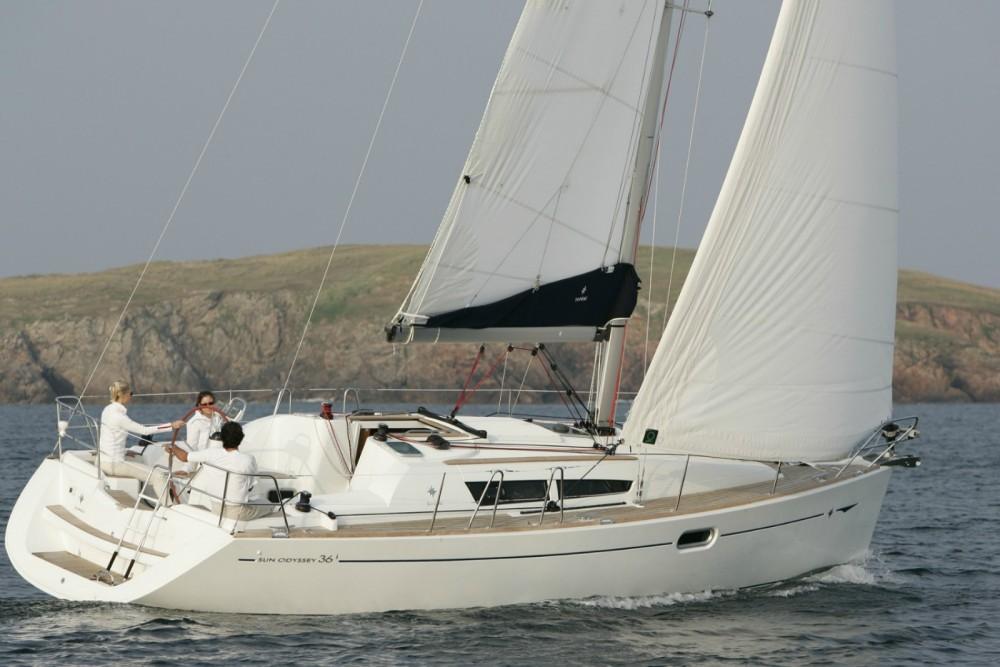 Rental yacht Corfou - Jeanneau Sun Odyssey 36i on SamBoat