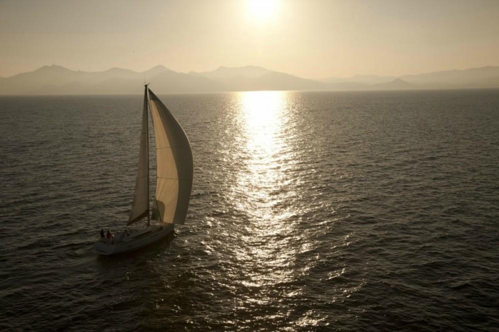 Rental Sailboat in Skiathos - Jeanneau Sun Odyssey 409