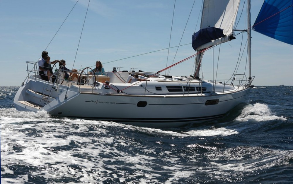 Hire Sailboat with or without skipper Jeanneau Lefkada