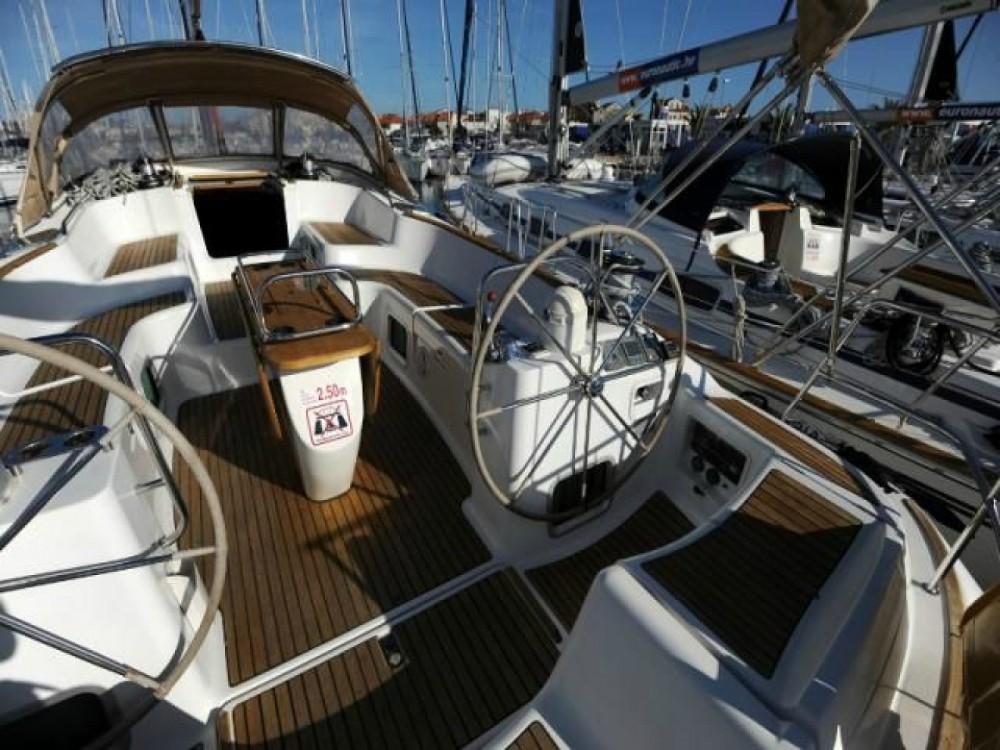 Rental Sailboat in Attica - Jeanneau Sun Odyssey 54 DS