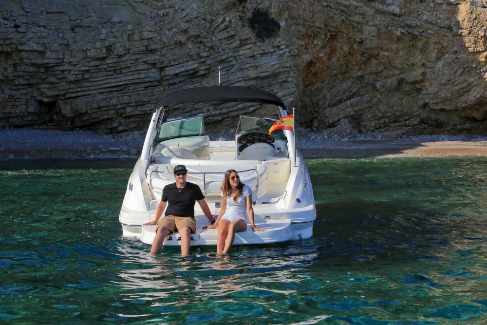 Boat rental Sea Ray Sea Ray 290 SLX in Ibiza on Samboat