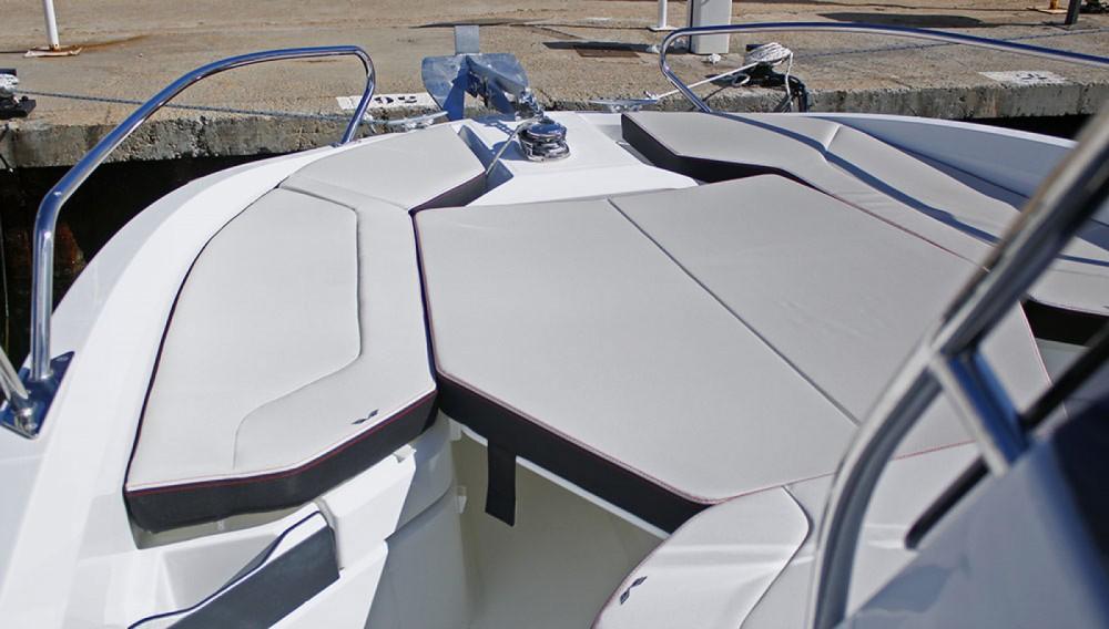 Boat rental Bénéteau Flyer 6.6 SPACEdeck in Cambrils on Samboat