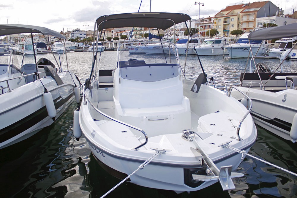Motor boat for rent Cambrils at the best price