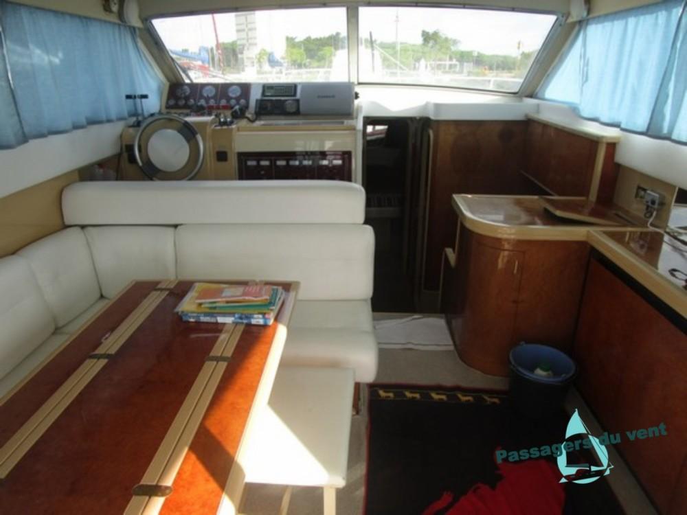 Rental yacht Vendres - Mochi Craft Mochi Craft 42 Fly on SamBoat