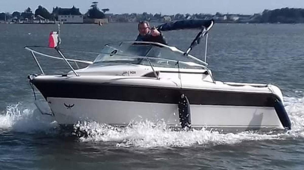 Boat rental Lorient cheap 500