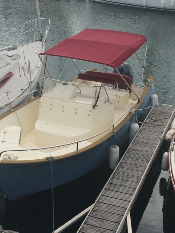Boat rental Saint-Martin-de-Ré cheap RHEA OPEN 23