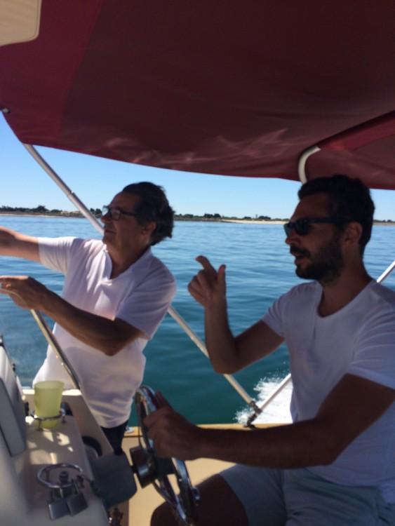 Rental Motorboat in Saint-Martin-de-Ré - Rhea-Marine RHEA OPEN 23