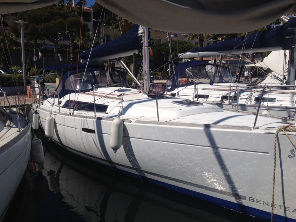 Boat rental Bandol cheap Oceanis 37
