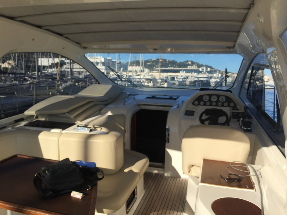 Hire Motor boat with or without skipper Bavaria Cannes