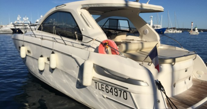 Boat rental Cannes cheap Bavaria 38 Hard Top