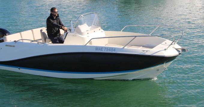 Boat rental Agay cheap Activ 605 Open